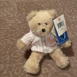 MLB OFFICIAL -  (NWT) #2 Yankee Derek Jeter bear